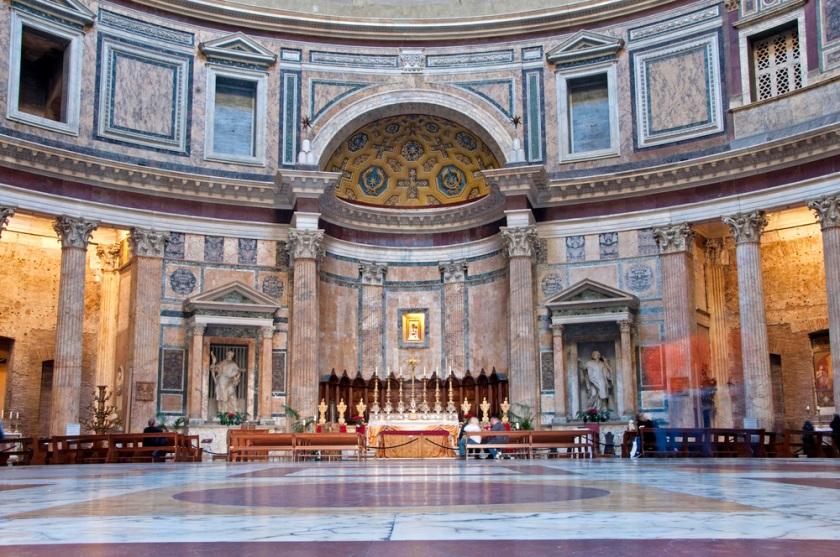 pantheon_interior