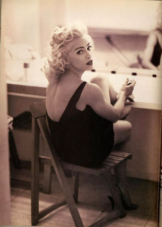 madonna-photographed-by-steven-meisel-in-1991