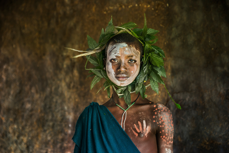Weekly Selection: Portraits by Steve McCurry Project (P)Icked Out By(P)Rojectoras